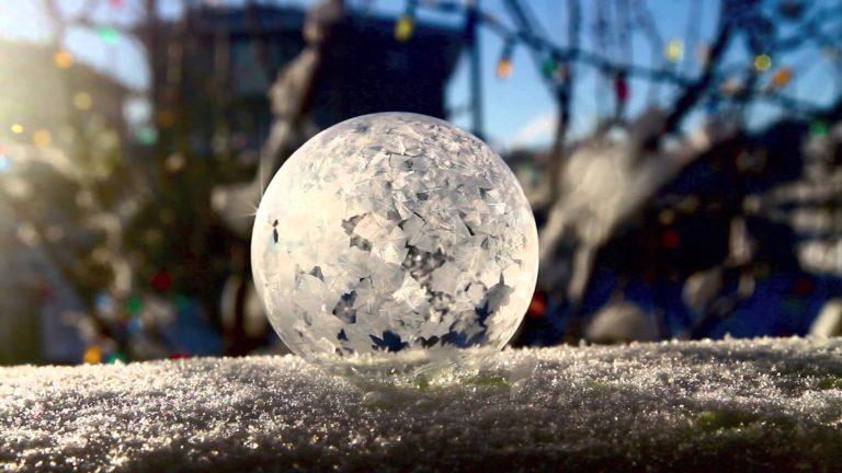 """""""Freezing bubble"""" ecco le bolle di sapone al gelo!"""